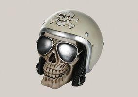 Spardose Totenkopf mit Helm