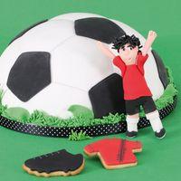Städter Kuchen Backform Pepe der Fußball mit Fünfeck Ausstechform – Bild 2