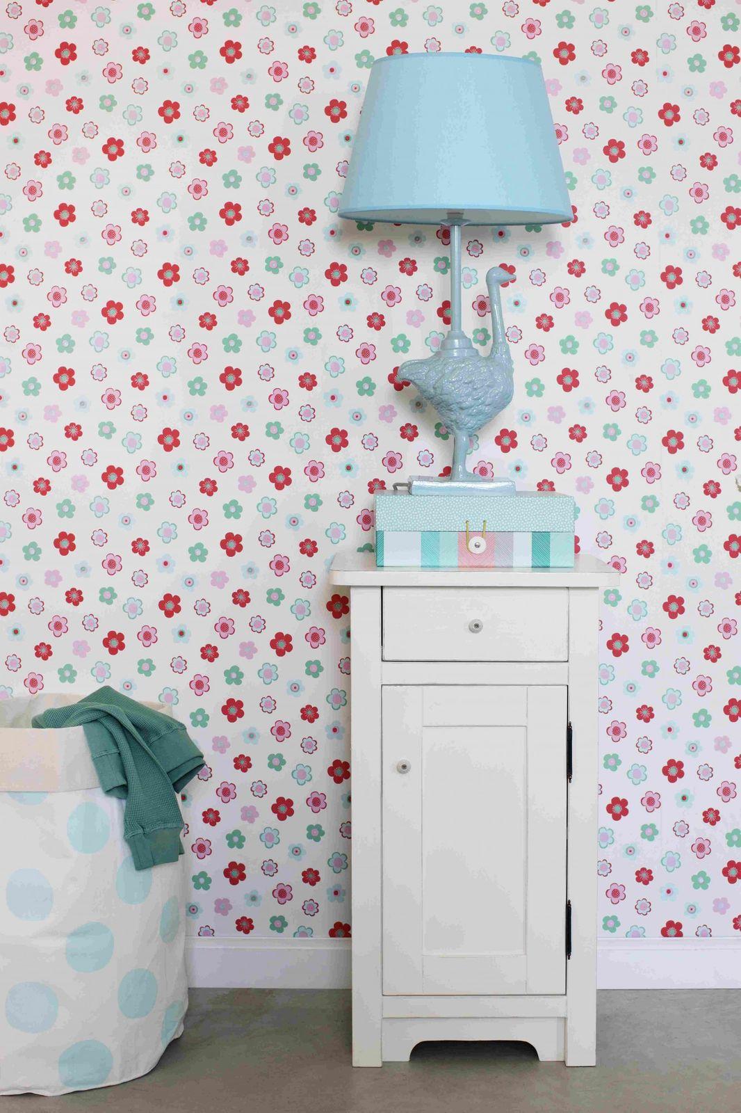 tapete vlies blumen rosa gr n rot everybody bonjour 138726. Black Bedroom Furniture Sets. Home Design Ideas