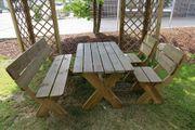 Gartengarnitur mit Sitzbank aus Holz massiv