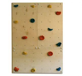 Indoor Kletterwand IW3 mit 15 Griffen