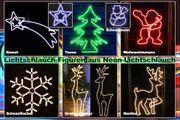 Weihnachtliche Gartenfiugren mit Neon-Lichtschlauch beleuchtet