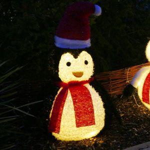 Pinguin mit 60 LED beleuchtet IP44 mit Timer für außen