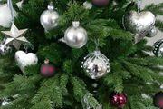Baumschmuck aus Metall für den Weihnachtsbaum