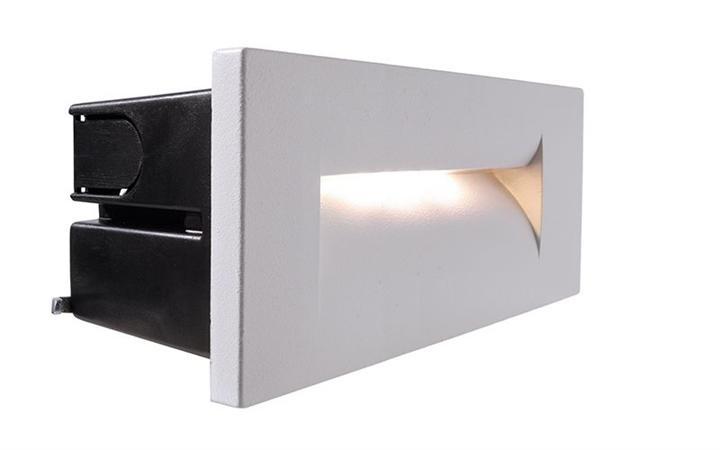 LED Wandeinbauleuchte Yvette III 8,4W 3000K 250x87mm weiß IP65