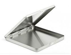 Quadratische Metalldose 130x130x10mm