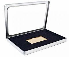 DIN A5 Gutscheindose aus Metall mit Fenster und Einlage für Karten und Gutscheine