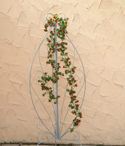 Landhaus Rankgitter Spalier Rankwand Obelisk Cervio Feuer Verzinkt Passionsblume – Bild 1