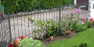 10 Meter Schmiedeeisen Zaun Metallzaun Gartenzaun Cassel-Z100/200 FeuerVerzinkt – Bild 1