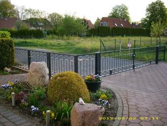1 Meter Gartenzaun Zäune Zaunfeld Metallzaun Balkon Crossline-Z80/200 verzinkt – Bild 1