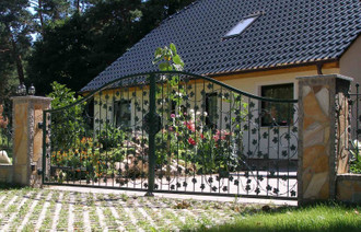 Hoftor Gartentor Tor Schiebetor Rolltor Bachus-GTSR300 Verzinkt – Bild 6
