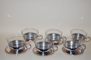 6 Teegläser in Zinnhalter mit 4 Untertassen Teeservice