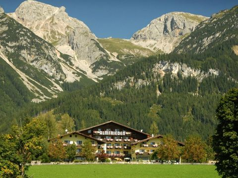 Dachstein - 4*Landhotel Almfrieden - 4 Tage für 2 Personen inkl. Halbpension