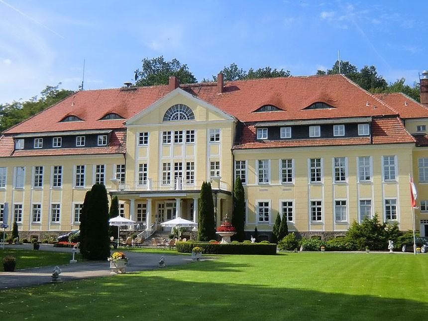 Mark Brandenburg - 4*Hotel Schloss Wulkow - 5 Tage für Zwei inkl. Frühstück