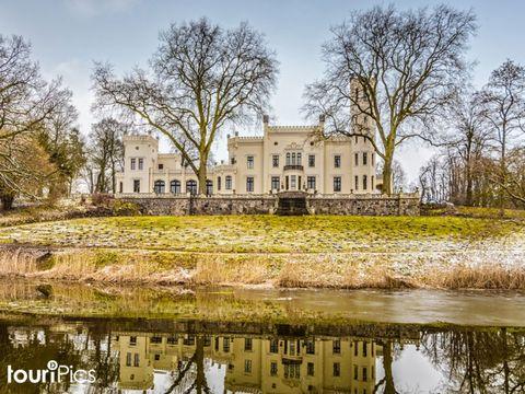 Meckl. Seenplatte - Schloss-Hotel Kittendorf - 4 Tage zu zweit inkl. Frühstück