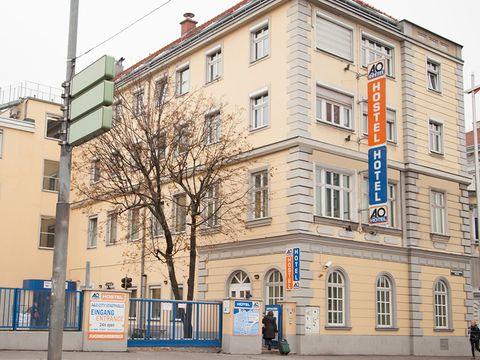Wien - a&o Wien Stadthalle - 4 Tage für 2 Personen inkl. Frühstück