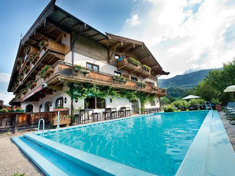 Kitzbühel - 3*Ferienhotel Alpenhof - 8 Tage für 2 Personen inkl. Halbpension