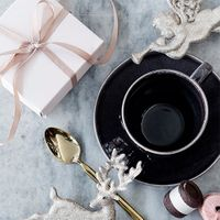 Broste Copenhagen NORDIC COAL Kaffeetasse mit Unterteller – Bild 3