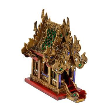 Geisterhaus Schrein der Erdgeister SanPhra Phum Geisterhäuschen Naturgeister Thailand ca. 25 cm Gold Rot mit Grünen Spiegelsteinen Holz – Bild 1