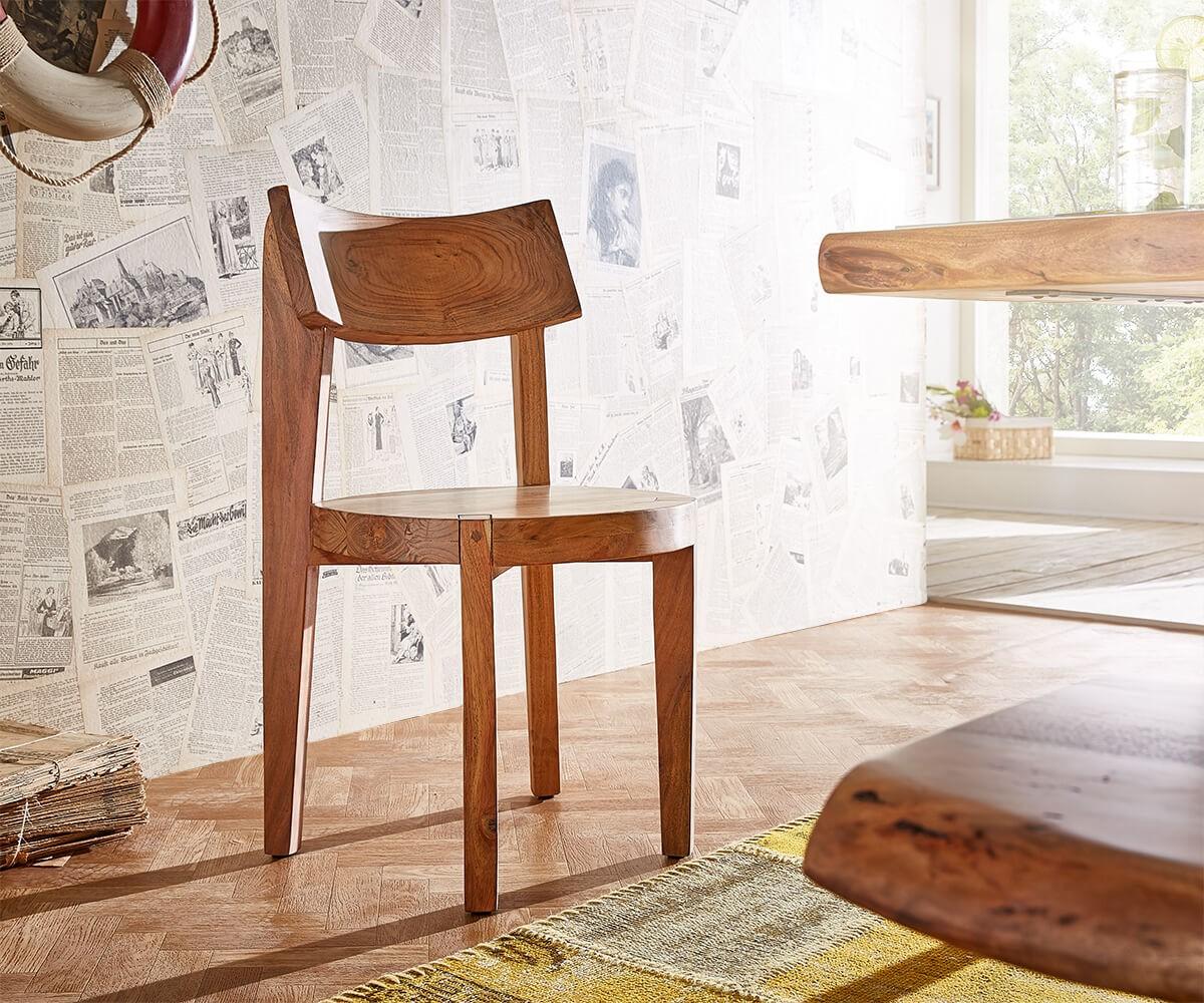 Holzstuhl für bequmes Sitzen