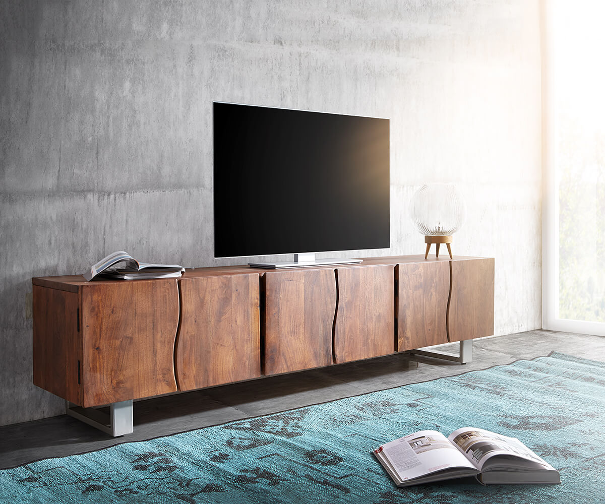 fernsehtisch live edge akazie braun 220 cm 6 t ren massivholz baumkante lowboard. Black Bedroom Furniture Sets. Home Design Ideas