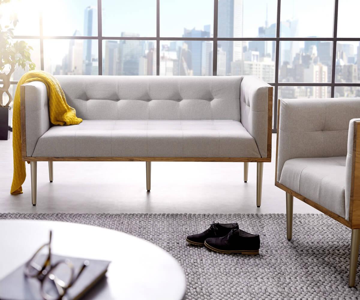 DELIFE Sofa Metropolitan 140x73 cm Grau Akazie Natur abgesteppt, 2 & 3 Sitzer