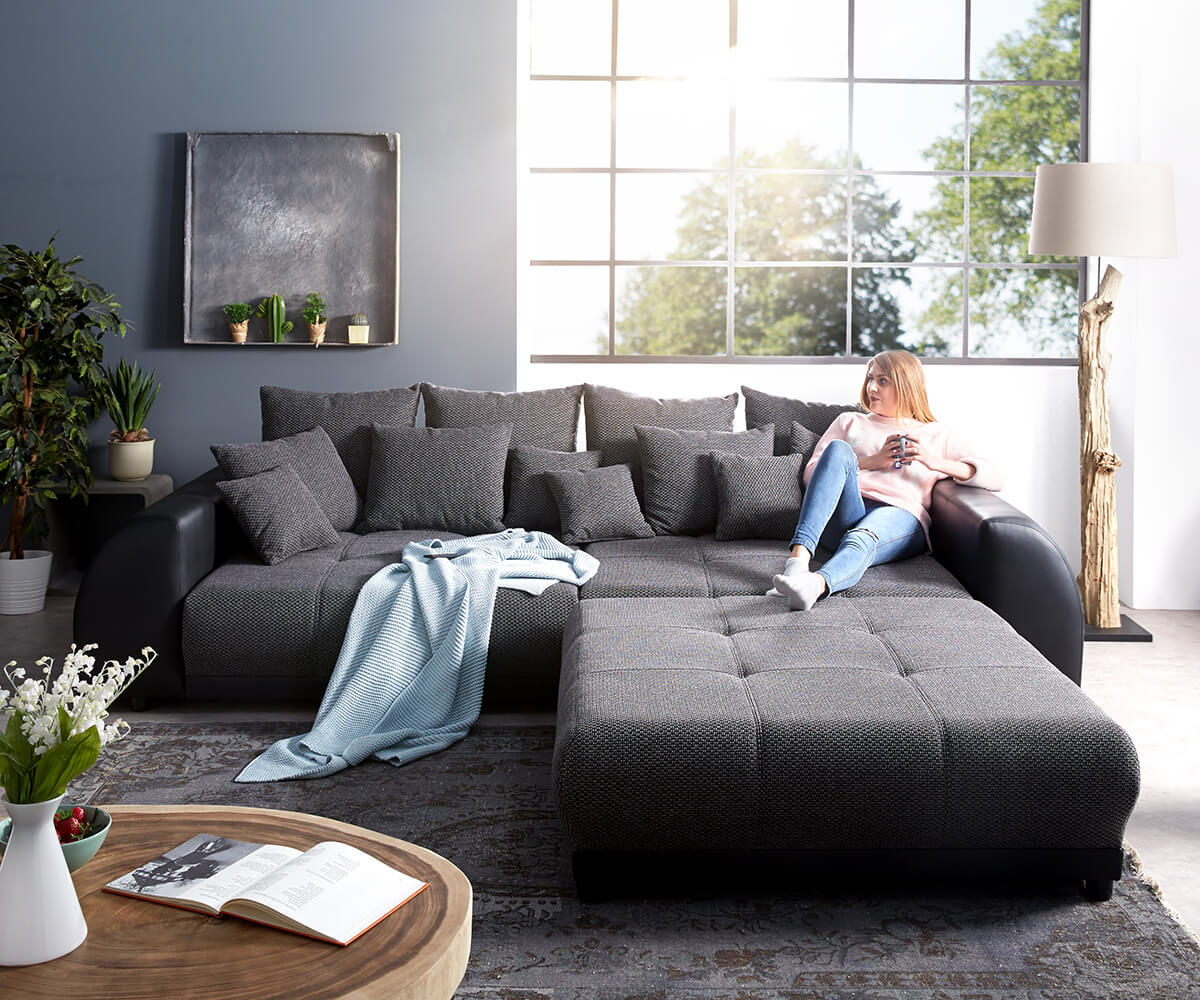 big sofa violetta 310x135 cm schwarz mit hocker m bel. Black Bedroom Furniture Sets. Home Design Ideas