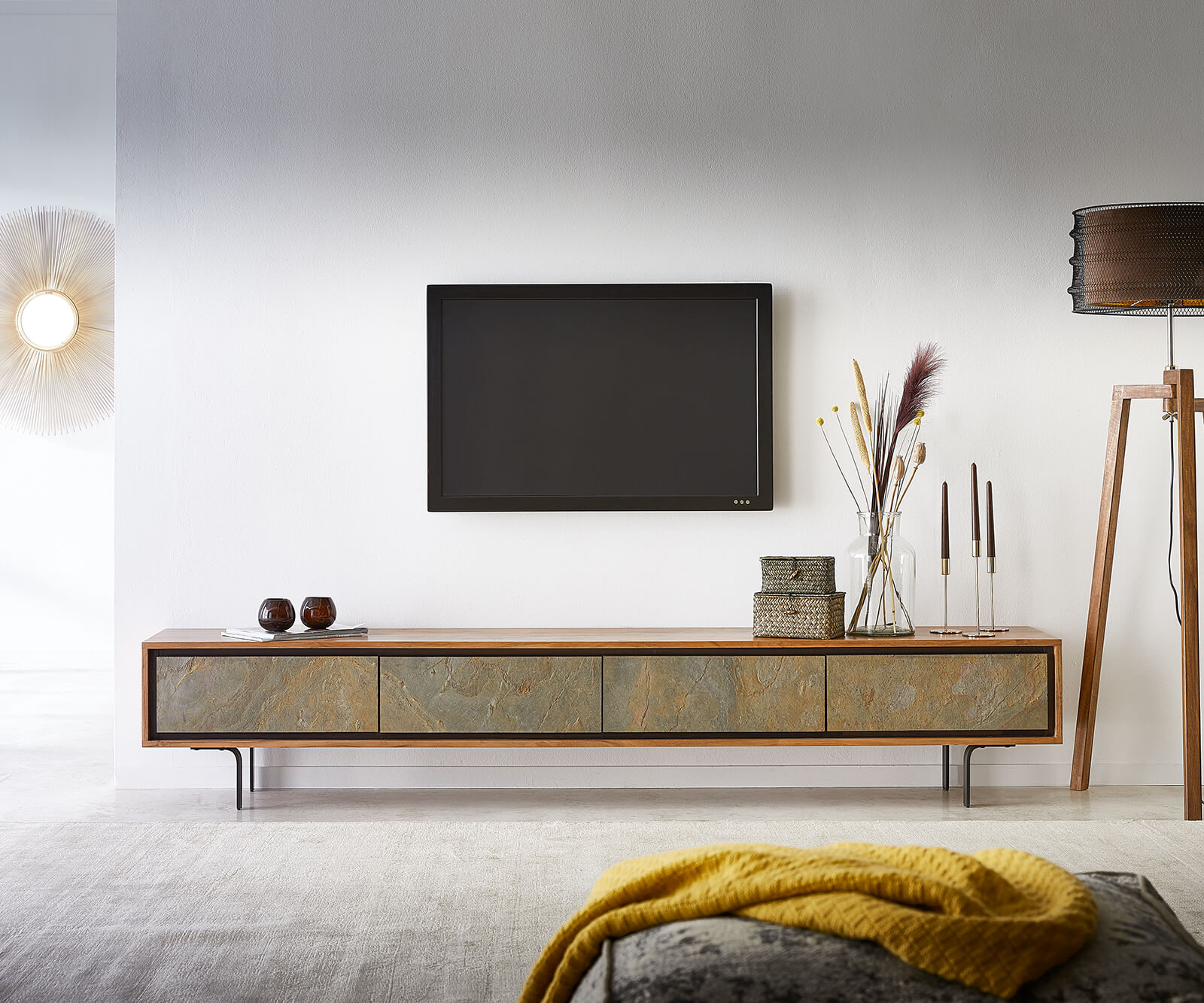 Lowboard Juwelo 220 cm Akazie Natur mit Steinfurnier 4 Türen