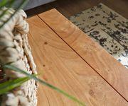 Wohnzimmertisch Indra Akazie Natur 80x80 cm Massivholz mit Ablage Couchtisch [9823]