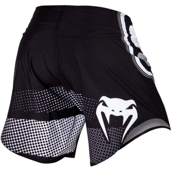 Venum Fight Shorts Tempest 2.0 in Schwarz-Weiss