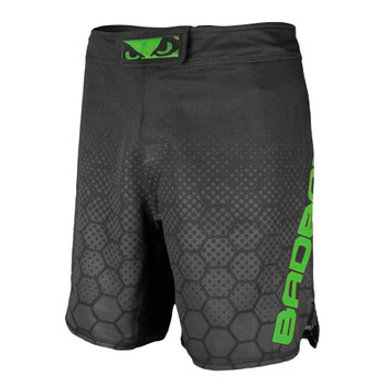 Bad Boy Herren Fight Shorts Legacy 3.0 in Schwarz-Grün
