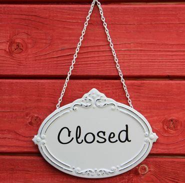 Türschild Closed - Geschlossen - Schild im Antik Look - Metallschild Shabby