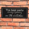 Blechschild - The best party always happens in the kitchen Schild im Antik Look  – Bild 2