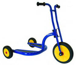 Italtrike Atlantic Scooter 3 Wheels Laufrad Roller Kinderroller Tretroller 4 - 6 Jahre 001