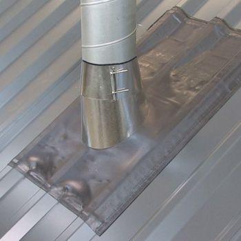 Blechdach Dachdurchführung 125 x 140 mm Manschette rot – Bild $_i