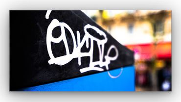 Paris Graffiti Tag – Bild 1