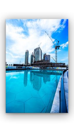 Dubai blaues Wasser – Bild 1