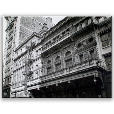 Fifth Avenue Theatre in Manhattan – Bild 1