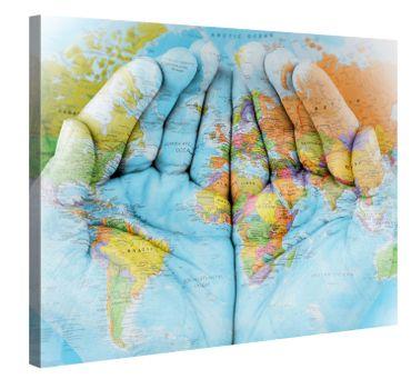 Hände und Weltkarte 2