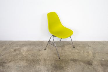 Vitra Eames Plastic Side Chair DSS Nr. 2 – Bild 2