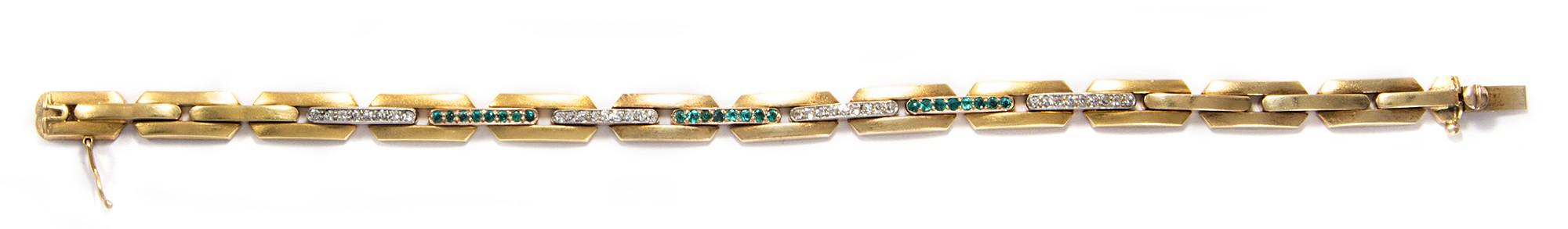 b9dd2c411d60 Samtig golden - Feines Jugendstil Armband aus Gold, Smaragden und  Diamanten, um 1900.