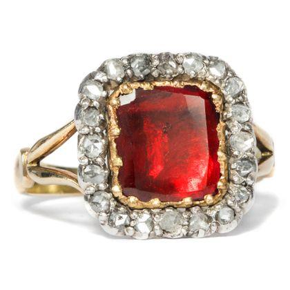 Georgian Taste - Prachtvoller Ring mit Granat & Diamanten in Gold, Großbritannien um 1815. Photo © 2018 Hofer Antikschmuck Berlin