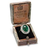 Wunderbarer antiker Goldring mit Smaragd Cabochon & Diamanten, Neapel um 1920