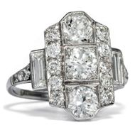 Art Déco um 1930: Antiker Ring aus Platin & Diamanten, Baguette Diamant Diamond