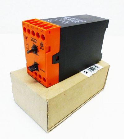 Dold BA9043/001 0028732 Unterspannungsrelais 3AC 50/60Hz 500V -unused/OVP-
