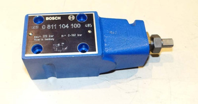 Bosch 0 811 104 100  0811104100 Regler  - unused - in OVP