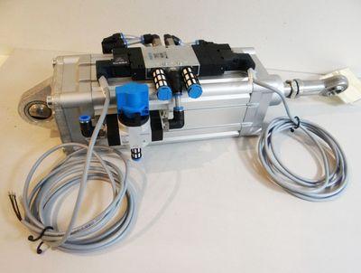 Festo DNC-100-160-PPV-A CPE18-M1H-5/3E-1/4 HE-D-Mini MSEB-3-24VDC -unused- – Bild 1