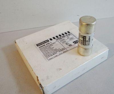 10x Siemens 3NW6 230-1  3NW6230-1 Zylindr. Sicherungseinsätze -unused/OVP- – Bild 1