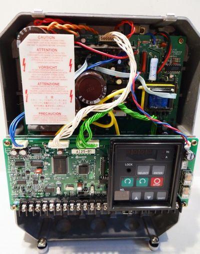 Allen Bradley CAT 1333-YAB Frequenzumrichter AC Drive – Bild 3