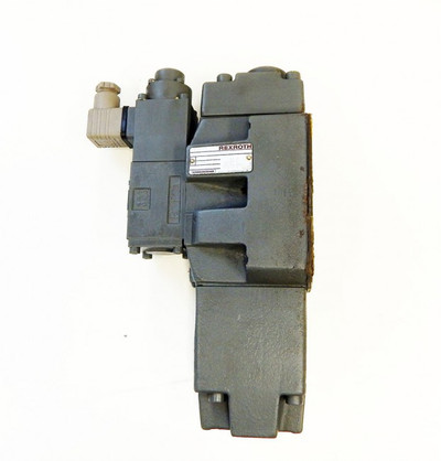 Rexroth Hydronorma Directional Valve  4WRZ 16 EA150-50/6A24Z4/M - unused - – Bild 1